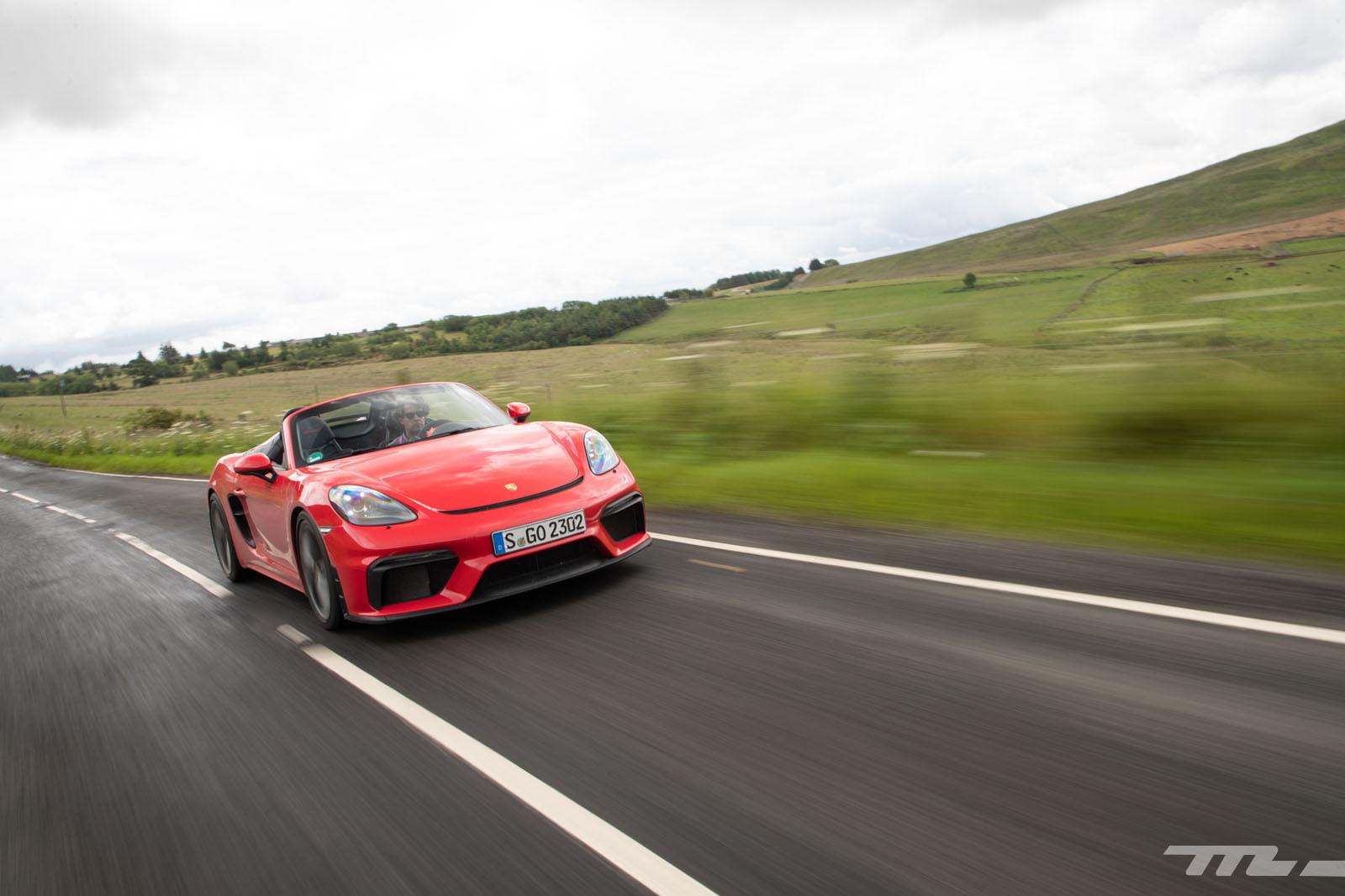 Foto de Porsche 718 Spyder (prueba contacto) (5/296)