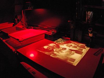 Claves para el revelado químico de fotografías (III): Ampliaciones en papel