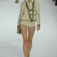 Foto 21 de 22 de la galería chanel-primavera-verano-2011-en-la-semana-de-la-moda-de-paris en Trendencias