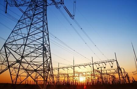 Con la factura de la luz disparada analizamos si la cotización de las eléctricas se ha visto beneficiada