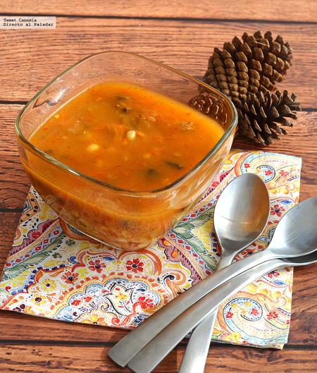 Sopa de flor de calabaza con elotes y champiñones. Receta