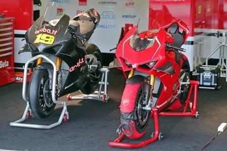 Ducati Panigale V4 R Embrague En Seco 6