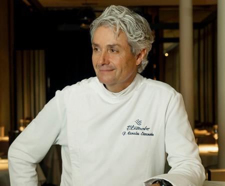 Fernando Canales Chef De El Atelier De Etxanobe C Josu Garro