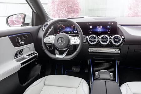 Mercedes Eqa 2