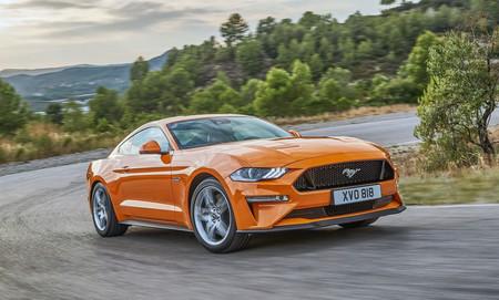 Ford patentó un sistema híbrido con un V8 y dos motores eléctricos: ¿el futuro del Ford Mustang?