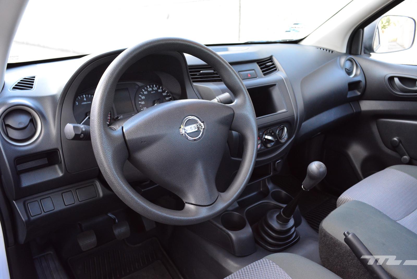 Foto de Nissan NP300 (prueba) (8/12)