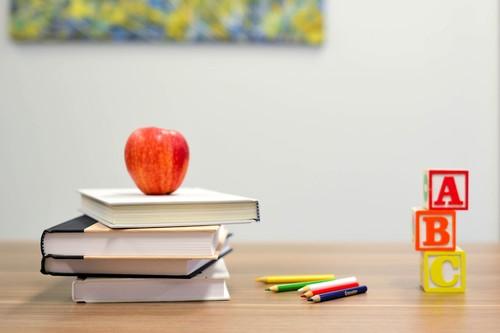 Apple actualiza sus apps de educación: Aula y Tareas de clase ganan un nuevo diseño, opciones de entrega y notificaciones