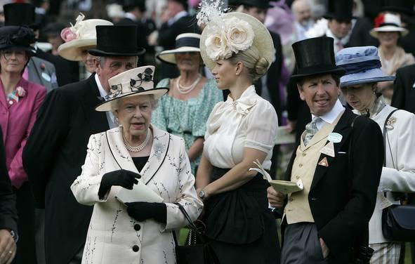 Foto de Ascot 2008: imágenes de sombreros, tocados y pamelas (14/20)
