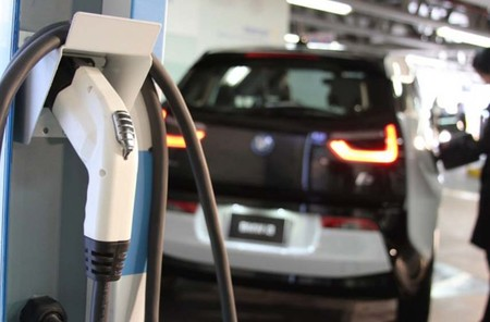 México ya cuenta con 900 estaciones de carga para autos eléctricos, pero siguen lejos con las más de 11 mil gasolineras del país