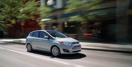 Ford cuadruplica sus ventas de híbridos