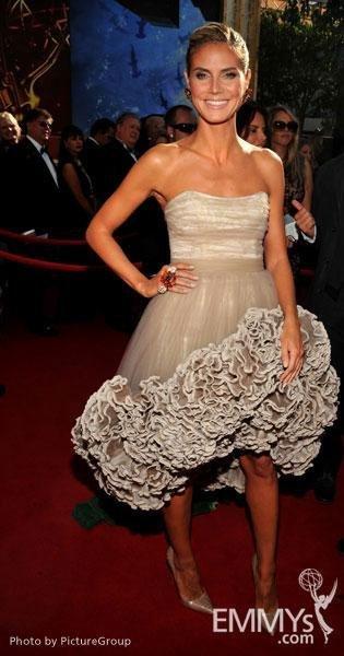 Heidi Klum Emmy 2011