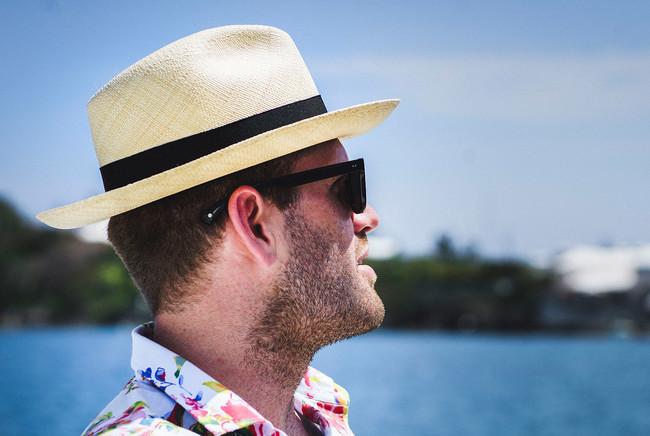 El mejor street style de la semana: las fedoras se apoderan de los looks de verano