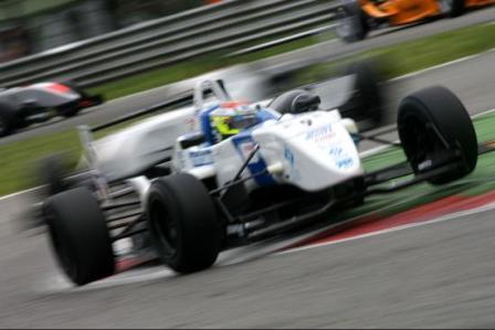 Sergio Pérez eclipsa a todos en Monza