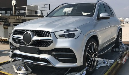 Ceea577d Mercedes Benz Gle Uncovered 3
