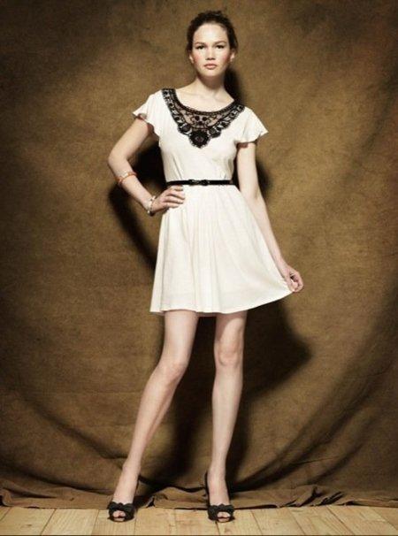 Colección Blanco Pre-Fall 2010: tonos apagados en la ropa antes del otoño XII