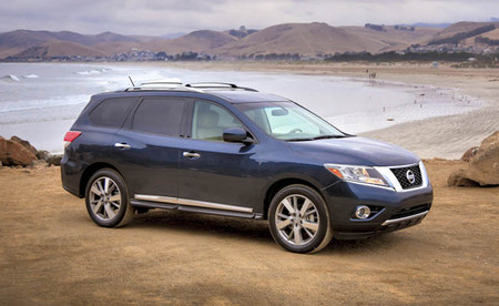 La versión híbrida del Nissan Pathfinder se mostrará en Nueva York