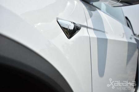 Tesla Model X Mexico 05