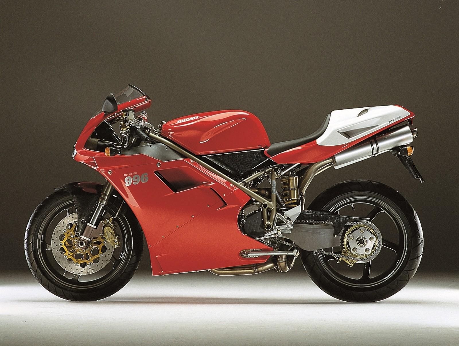 Foto de Ducati Panigale V4 25° Anniversario 916 (69/73)