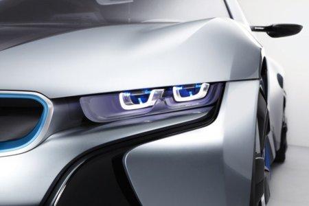 BMW i8 Faros láser