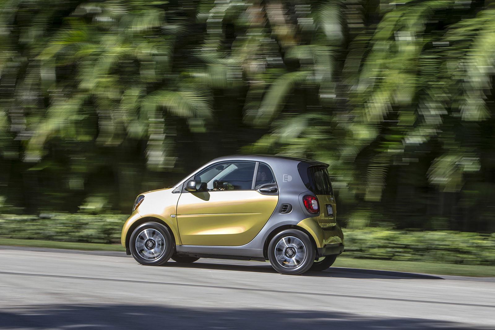 Foto de smart fortwo Electric Drive, toma de contacto (184/313)