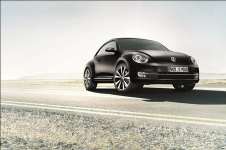 Volkswagen New Beetle Turbo Black & White, solo disponible a través de internet