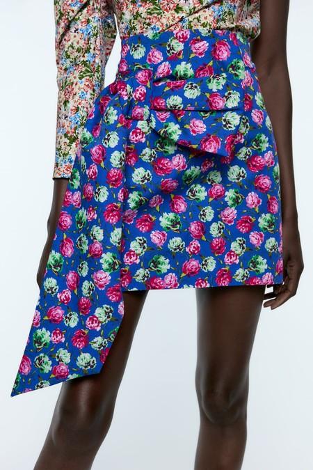 Zara Estampado Floral 19