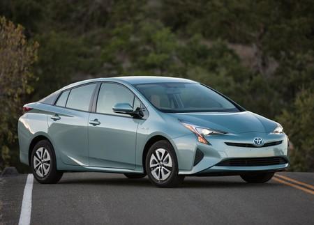 La potencia neta de un auto híbrido no es la simple suma del poder de sus motores, ¿por qué?
