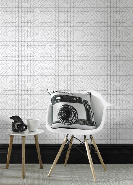 Donner Un Style Graphique Au Salon Avec Du Papier Peint A Motifs