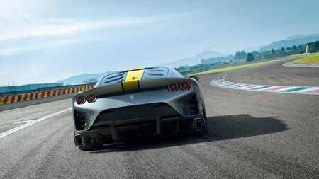 ¡Brutal! El nuevo Ferrari 812 Competizione es el Ferrari con el V12 más potente de la historia y viene con versión Targa