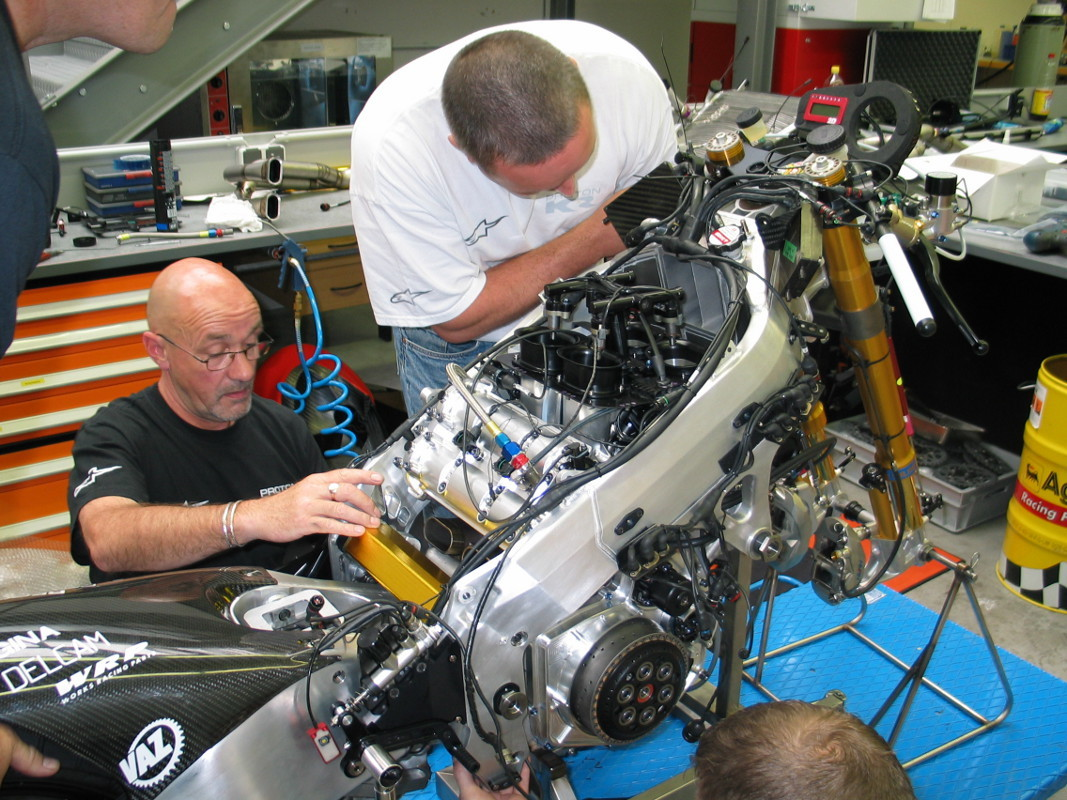 Foto de Proton KR KTM 2005 (7/24)