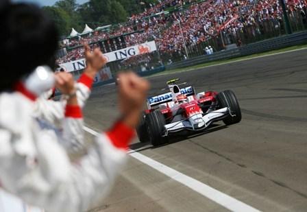 ¡Qué gran carrera de Timo Glock!
