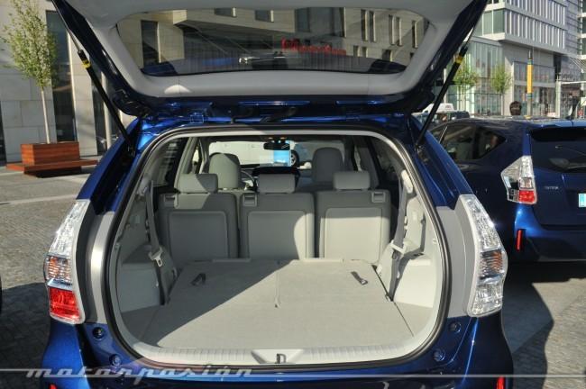 Maletero Prius+ asiento trasero plegado