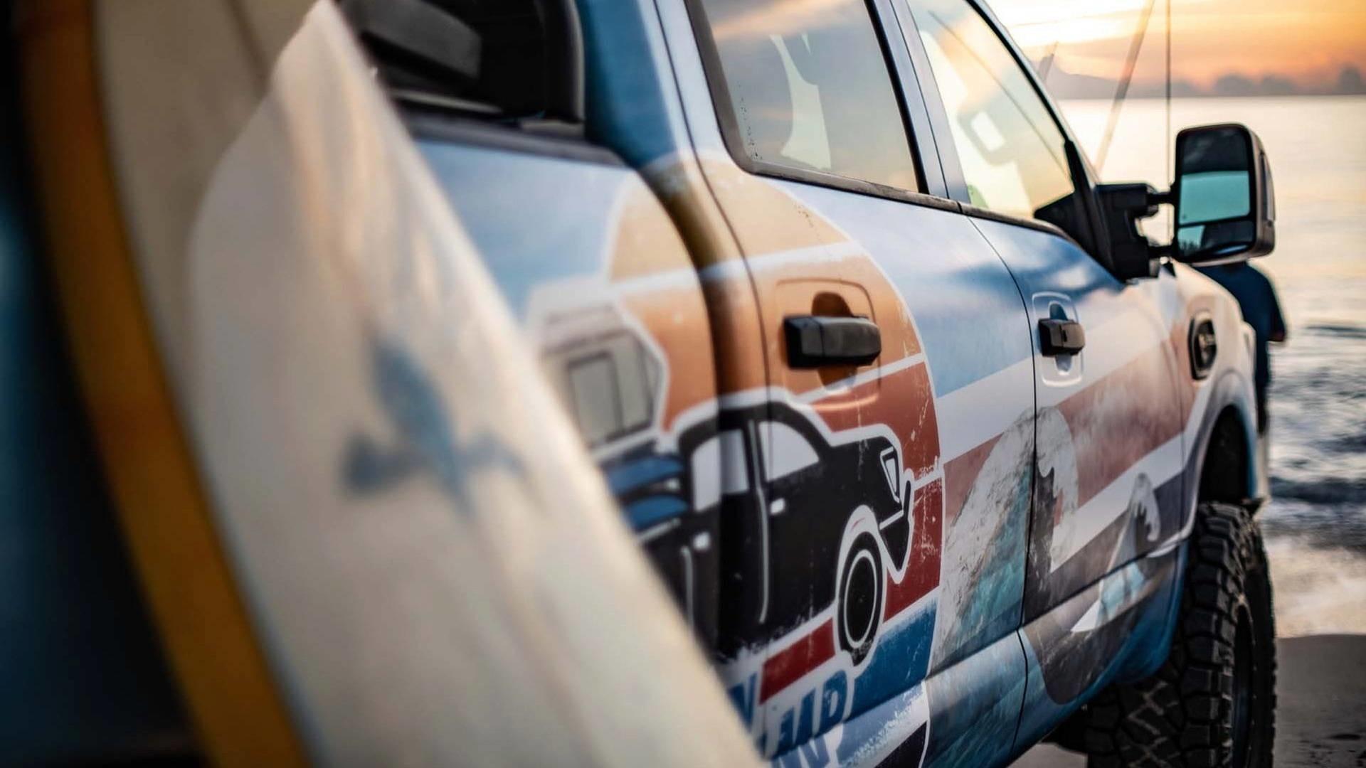 Foto de Nissan Titan XD Surfcamp (4/19)