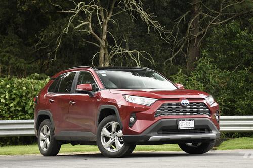 Toyota RAV4 Hybrid 2021, a prueba: un SUV altamente eficiente, ahora a tope de tecnología de seguridad