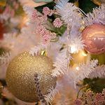 Si se trata de acertar: esta  Navidad, tengo decidido que estuches voy a regalar..., o regalarme
