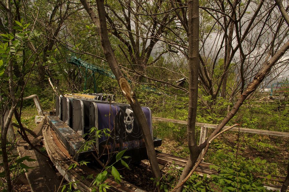 Abandonded Theme Park Seph Lawless 5