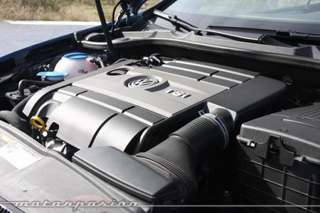 Volkswagen Golf R Cabrio motor