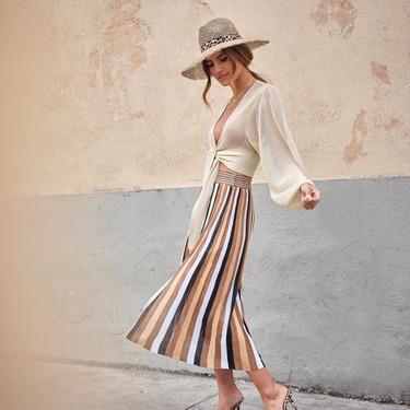 Cinco looks con sandalias de vinilo que demuestran que este diseño es la apuesta segura para esta primavera-verano