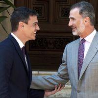 La corbata floral del Rey Felipe de España es lo único que necesitas para salir a flote el verano