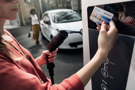 Renault abre la puerta al estándar CCS Combo en sus futuros modelos eléctricos