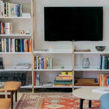 """Floyd sienta las bases de """"la vida después de Ikea"""" con su sistema modular The Shelf (entre otros)"""