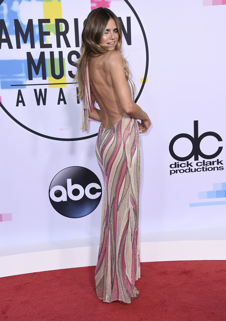 mejor vestidas american music awards 2017 heidi klum