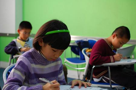 Guía práctica para ayudar en los exámenes finales a los niños