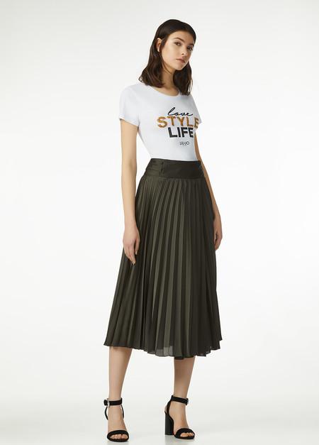 a035dcc05 Faldas largas con camiseta, camisa o top de día o de noche para ...