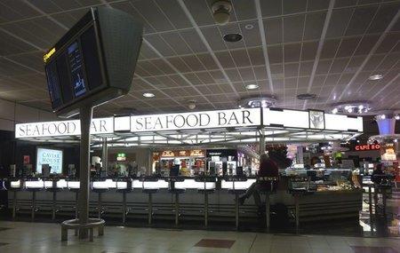 El Seafood Bar de House Caviar & Prunier del aeropuerto Londres Gatwick