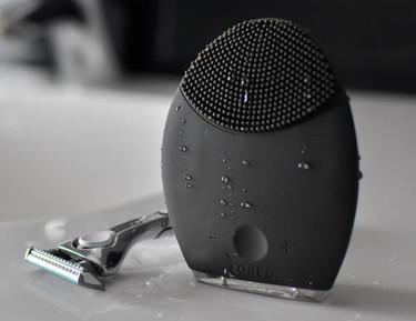 Luna for Men, un dispositivo de limpieza facial que facilita el afeitado. Lo hemos probado