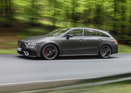 Mercedes Benz Cla45 S Amg 4matic Shooting Brake 2020 1600 08