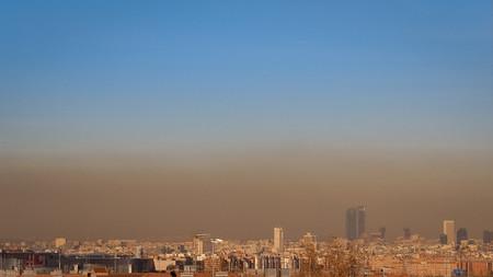 El Ayuntamiento de Madrid activa el protocolo anticontaminación para hoy jueves: se limita la velocidad a 70 km/h en la M-30