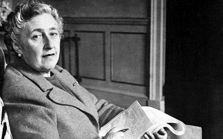 'Los cuadernos secretos de Agatha Christie' ven la luz de la mano de John Curran