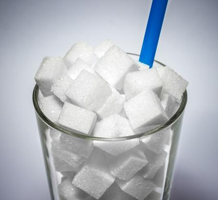 los-zumos-contienen-mucho-azucar